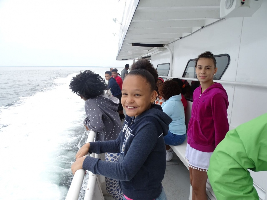 NOAA, Hispanic Access Foundation host marine education and whale watch tour for Lawrence, Massachusetts, students